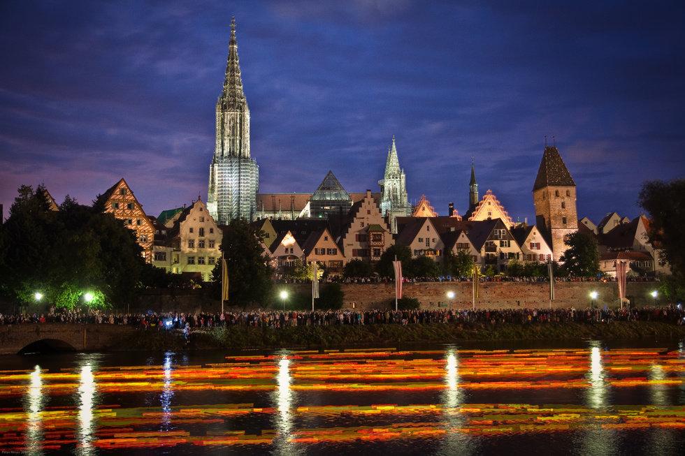 Stadtpanorama Ulm bei Nacht